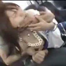 【本物レイプ動画】素人JDイキ狂い!モデルスカウトと偽って車内強姦する鬼畜映像
