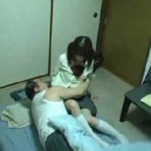 【JK レイプ動画】家出美少女JKがキモすぎる親父の自宅に連れ込まれ抵抗むなしく犯される…