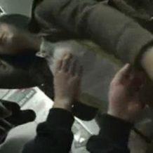 【痴漢レイプ動画】電車内で居眠りしている女性の口に汚い舌とちんぽを無理やりねじ込んで強制イマラと生ハメのヤリたい放題!