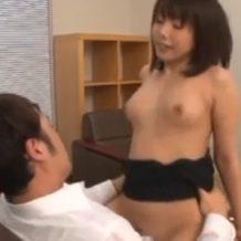 【OLレイプ動画】いやらしいOL美女を仕事中に変態社員2人で襲い性処理をさせる鬼畜プレイ!