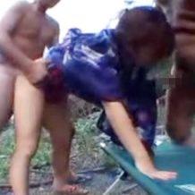 【無修正レイプ動画】浴衣姿の女性を山奥に拉致しドス黒い肉棒を穴にぶち込む!