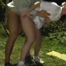 【野外レイプ動画】田舎の森林で強姦魔に襲われ泣きながらハメられる美少女