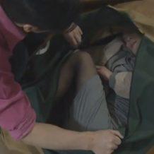 【リアルレイプ動画】ガチ注意!スレンダーの人妻を睡眠薬で眠らせバッグに詰めて自宅で強姦しハメる
