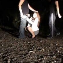 【リアルレイプ動画】素人女性を野外に拉致し暗闇で犯す卑劣な行為・・・