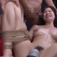 【無修正レイプ】人妻を監禁して性奴隷にするサイコパスの犯行!ダルマ緊縛で輪姦!