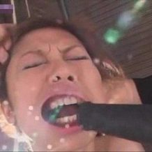 【SM拷問レイプ動画】一人の女を大人のオモチャの実験台にしてみた結果・・・