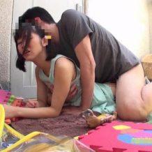 【ロリレイプ動画】発達障害のJC少女を自宅に軟禁して性奴隷として飼育する鬼畜強姦魔・・・