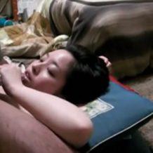 【無修正 リベンジポルノ】彼女のフェラ映像が流出!愛おしそうに彼氏のチンポを舐める姿が生々しい!