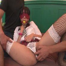 【無修正レイプ動画】拘束され口枷や目隠しを付けられた美少女JKが激しく調教レイプされる