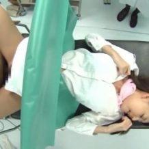 【レイプ盗撮動画】子宮検診に来たOLを診察中に種付け強姦する糞医者の犯行一部始終…