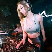 【無修正】枕営業?エロくて人気な有名美人DJのセックススキャンダルが流出