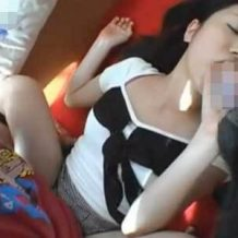 【獣姦】犬のチンコをフェラさせられながら人間のオスにピストンされていく日本人女性・・・