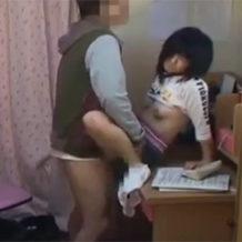 JCが家庭教師に犯されて処女を奪われる!