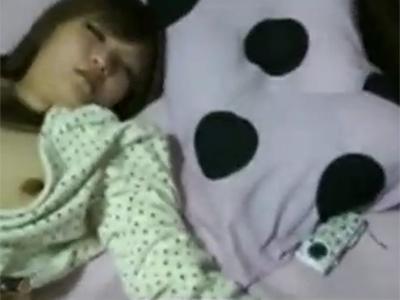 【【無修正】泥酔いした女性をカメラ片手に昏睡レイプする個人撮影!
