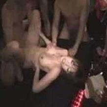 【昏睡レイプ動画】BARで泥酔した客5人に輪姦されるギャル!肉棒5本で陵辱され絶叫悶絶…