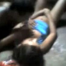 【ガチレイプ】スラム街の実態...野蛮な集団によって少女が無残にも強姦される