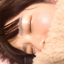 【無修正レイプ】こたつで眠る妹のマンコに手マンや玩具で悪戯陵辱!