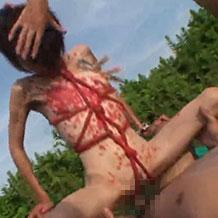 【無修正SM】緊縛され調教されきった女が蝋燭責めや乳首責めされた状態で男たちに犯される